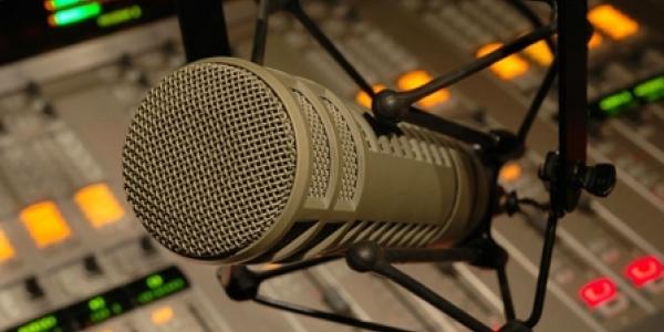Επιστρέφει στα ερτζιανά ο Kosmos FM