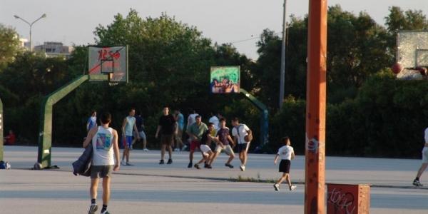 Το 1ο και 3ο Γυμνάσιο Θέρμης παίζουν μπάσκετ για να στηρίξουν συμμαθητή τους