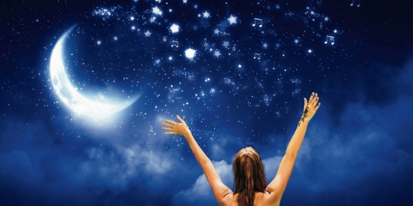 «Βουτιά στ' αστέρια»  στο Δημοτικό Κολυμβητήριο Συκεών