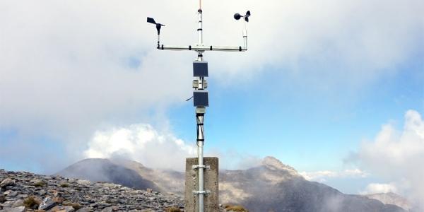 Ο νέος αυτόματος μετεωρολογικός σταθμός του ΑΠΘ στα 2.817 μέτρα στον Όλυμπο