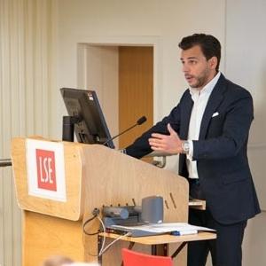 """Δρ. Βασίλης Γ. Αποστολόπουλος στο LSE: «Το Μέλλον της Υγείας Είναι Εδώ"""""""