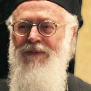 Ανώτατη τιμητική διάκριση για τον Αρχιεπίσκοπο Τιράνων από το ΑΠΘ