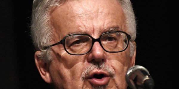 Ο δήμος Νεάπολης-Συκεών τίμησε τον συγγραφέα Κώστα Νίγδελη