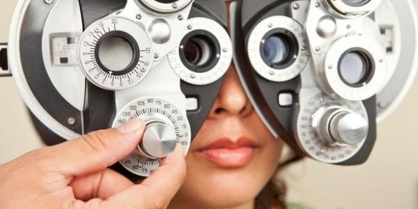 Δωρεάν προληπτική οφθαλμολογική εξέταση με τοπογραφία κερατοειδούς