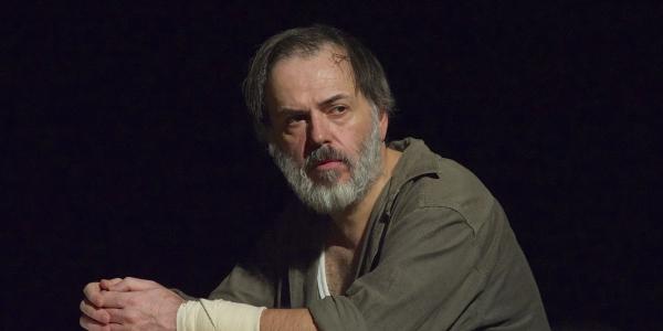 'Το Κιβώτιο' του Άρη Αλεξάνδρου στο Θέατρο Αυλαία