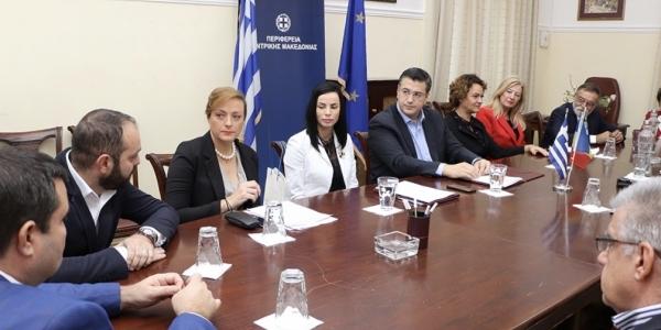 Σύμφωνο συνεργασίας με εκπροσώπους πέντε Νομαρχιών της Ρουμανίας