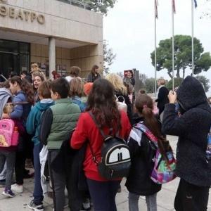 Μαθητές του δήμου Νεάπολης-Συκεών  παρακολούθησαν  παραστάσεις του ΚΘΒΕ