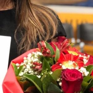 Ελληνίδα τραγουδίστρια πήρε το πτυχίο της από τη Φιλοσοφική του ΑΠΘ