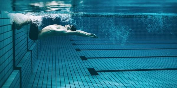 «Κατάδυση χωρίς περιορισμούς» στο Δημοτικό Κολυμβητήριο Συκεών