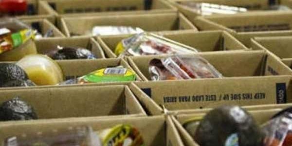 Διανομή τροφίμων και ειδών παντοπωλείου ΤΕΒΑ στη Θέρμη