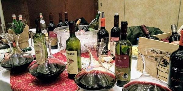 Τα «Τα ΒορΟινά» των Χριστουγέννων  με εκλεκτά  και ιδιαίτερα κρασιά