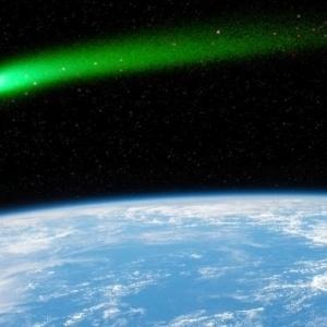 Τα μάτια σας στον κομήτη του Σαββατοκύριακου