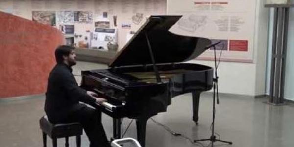Ρεσιτάλ πιάνου με τον Φοίβο Φίλκα