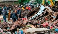 Βιβλική καταστροφή από το  τσουνάμι στην Ινδονησία