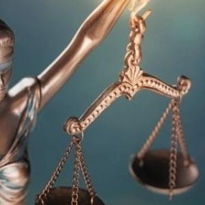 Ο,τι να ναι στο τραγΕλλαδιστάν: Από τα 10 χρόνια φυλακής στην ολοκληρωτική αθώωση