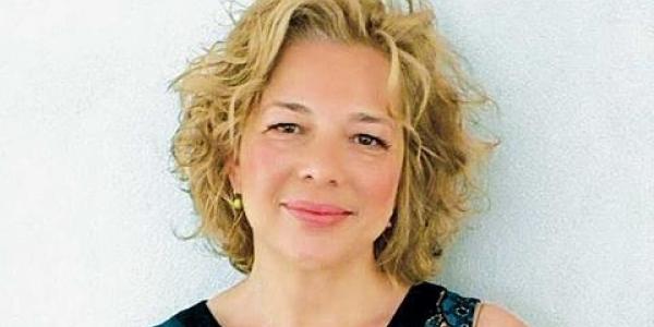 H Χριστίνα Ταχιάου διευθύντρια επικοινωνίας του Κυριάκου Πιερρακάκη