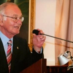 Πέθανε o καθηγητής Ιατρικής του ΑΠΘ Αχιλλέας Τουρκαντώνης