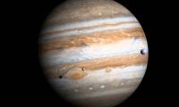 Νέα θεωρία πρόσκρουσης του Δία με άλλο πλανήτη