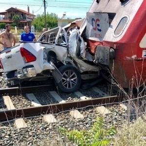 Αυτοκίνητο παρασύρθηκε από τρένο στα Διαβατά