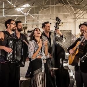 Η Barcelona Gipsy balKan Orchestra  στην Τεχνόπολη Δήμου Αθηναίων