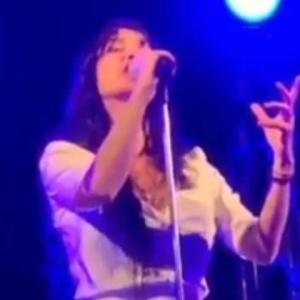 Η Πάολα τραγούδησε Μίκη Θεοδωράκη στα «Πρέσπεια»