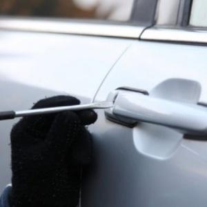 Συνελήφθησαν τέσσερα άτομα για διαρρήξεις σε αυτοκίνητα