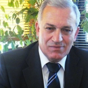 Παράσταση διαμαρτυρίας από ΚΚΕ και ΚΝΕ κατά Κυρίζογλου