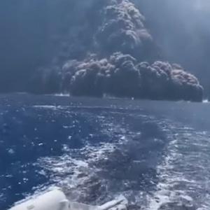 Συγκλονιστικό βίντεο από την έκρηξη του ηφαιστείου Στρόμπολι στην Ιταλία