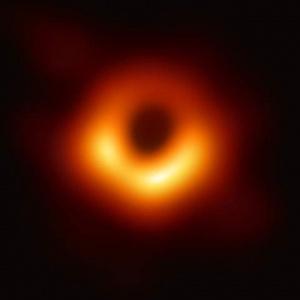 Όσκαρ Φυσικής σε επιστήμονες για φωτογραφία μαύρης τρύπας