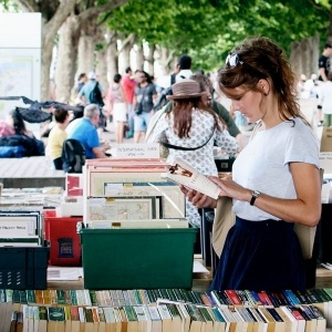 Χαριστικό παζάρι βιβλίου στην Καλαμαριά