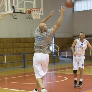 Φιλικός αγώνας μπάσκετ εις μνήμη των Θεόδωρου Μπακιρτζόγλου και Νίκου Χαραλαμπάκη