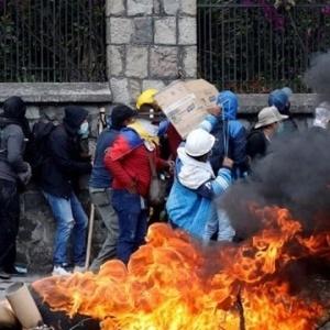 ΑΝΤΑΡΣΥΑ: Ο λαός του Ισημερινού ζητά την αλληλεγγύη μας