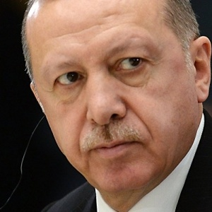 Τελεσίγραφο Ερντογάν στους Κούρδους να παραδοθούν μέχρι το βράδυ