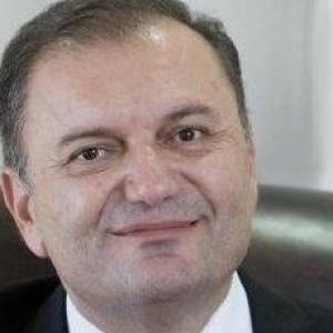 Τον Ιγν. Καϊτεζίδη στηρίζει για πρόεδρο της ΠΕΔΚΜ ο Κ. Ζέρβας