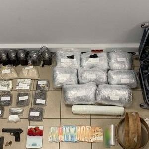 Εξαρθρώθηκε κύκλωμα εισαγωγής και διακίνησης μεγάλων ποσοτήτων ναρκωτικών