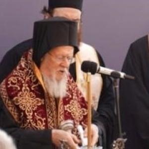 Καλόγριες αποδοκίμασαν τον Βαρθολομαίο