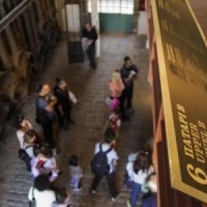 Οι Κυριακές του Νοεμβρίου σε ταξιδεύουν στην ιστορία του Βιομηχανικού Μουσείου Φωταερίου