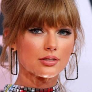 «Γυναίκα της Δεκαετίας» η Taylor Swift
