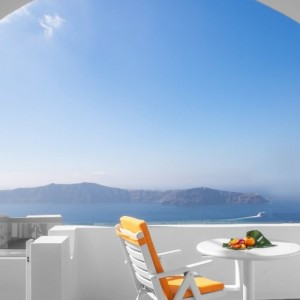 Aqua Vista Hotels: Νέα σύμβαση μίσθωσης  ξενοδοχείου στο Ημεροβίγλι Σαντορίνης