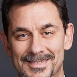 Επίτιμος Διδάκτορας ΑΠΘ ο Δρ. Άλμπερτ Μπουρλά  CEO της   Pfizer