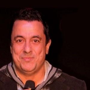 Χριστουγεννιάτικο Stand Up Comedy Show με τον Κωνσταντίνο Ραβνιωτόπουλο