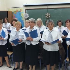 Η Χορωδία 60+ Δήμου Χαλανδρίου στις φυλακές Κορίνθου