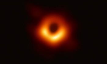 Η πρώτη εικόνα  μαύρης τρύπας σημαντικότερο επιστημονικό επίτευγμα του 2019