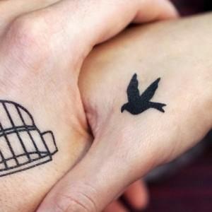 Με αφορμή ένα… «Τατουάζ στον παράμεσο» του Γιάννη Νταουλτζή