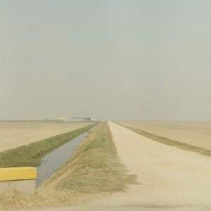 Η Μένη Σεϊρίδου και ο Βασίλης Καρκατσέλης παρουσιάζουν φωτογράφους