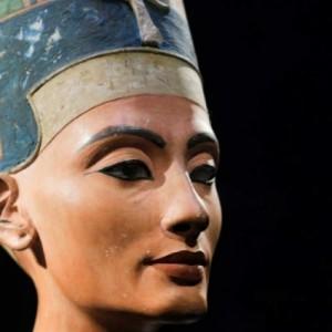 Αιγύπτιοι αρχαιολόγοι πιστεύουν ότι βρήκαν τον τάφο της  Νεφερτίτης