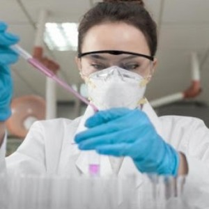 Κορωνοϊός: Μπορεί να αρχίσουν σύντομα δοκιμές για εμβόλιο