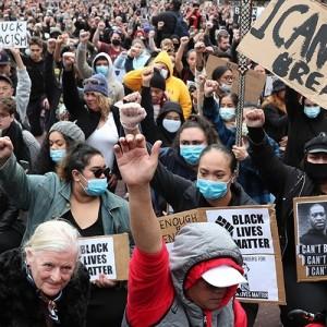 Αλληλεγγύη στον Αγώνα των εργαζομένων των ΗΠΑ ενάντια στην βαρβαρότητα