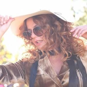 Η Ελένη Τσαλιγοπουλου στον Μύλο Open Air Βαβυλωνία
