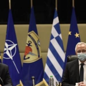 Δωρεά 500 χιλιάδων ευρώ από την Cosmote στις Ενοπλες Δυνάμεις